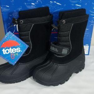 NWT Totes Jacob Boys Waterproof Shell Boots